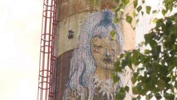 Робот-художник создаёт 30-метровые граффити (видео)