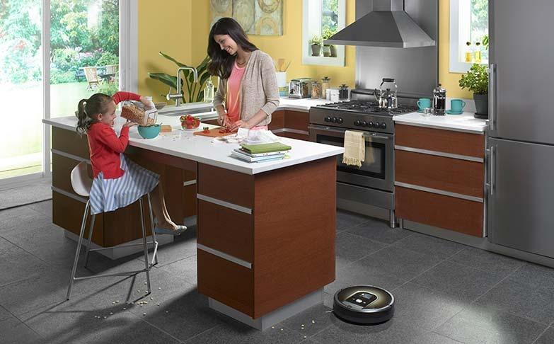 Робот-пылесос — верный помощник по уборке – Робот-пылесос на кухне