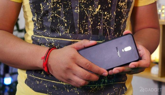 Samsung представил второй смартфон с двойной камерой (8 фото)