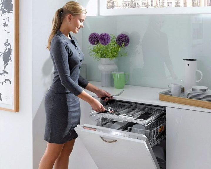 Стиль и удобство частично встраиваемая посудомоечная машина – Посудомоечная машина