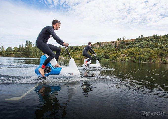 Manta5 — jet ski for walking on water (6 photos + video)