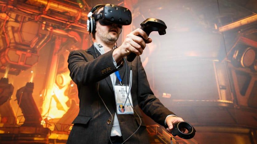 VR is dead, long live VR: test drive revolutionary helmet Lenovo Explorer