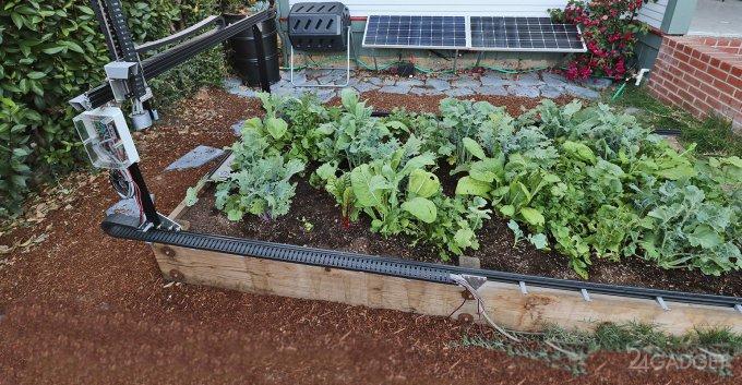 На место огородников претендует робот FarmBot (6 фото + видео)