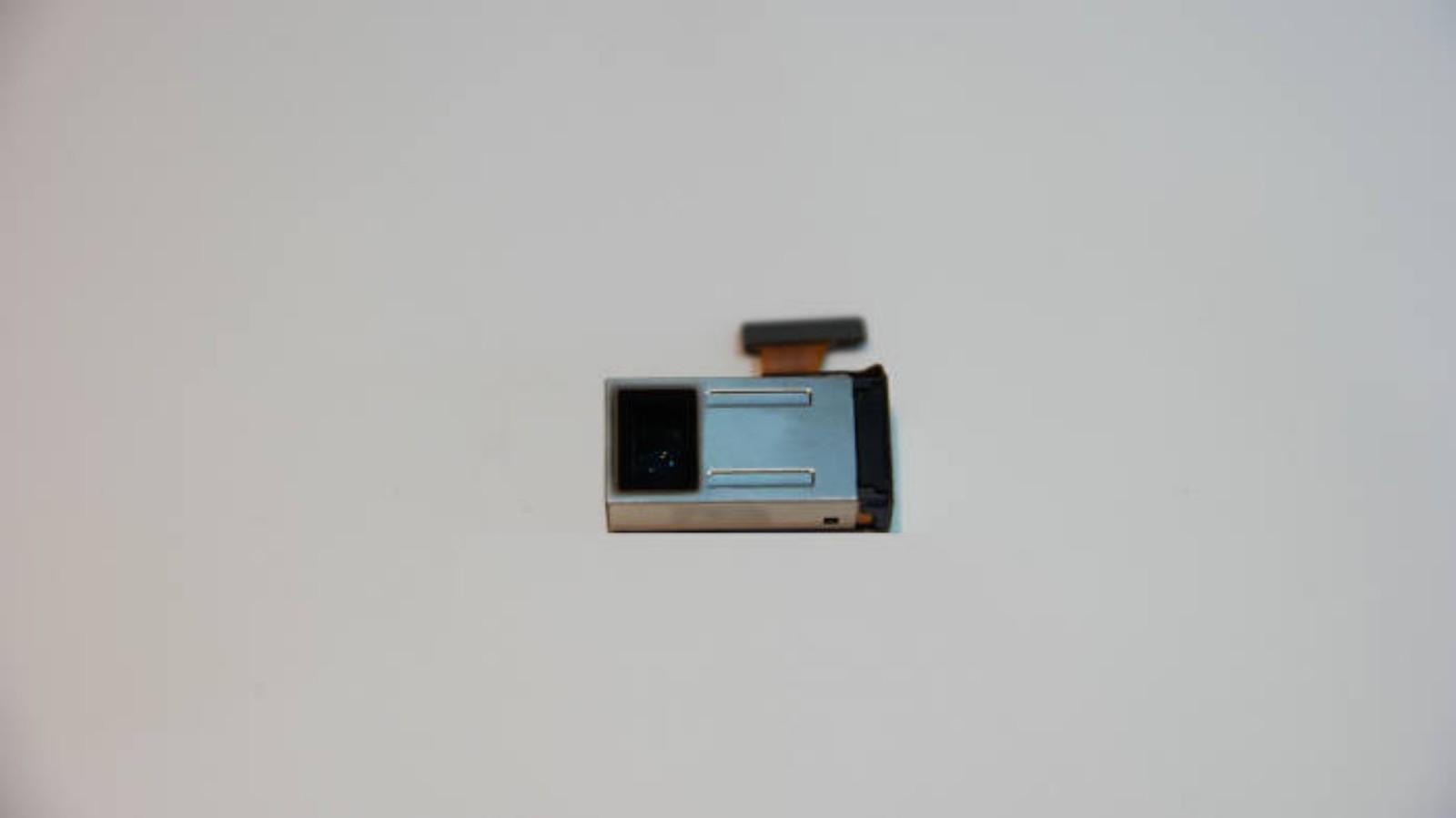55145 Samsung's New 5x Camera Module Will Slim Down Future Devices